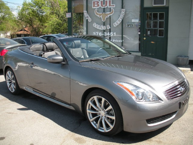 2010 infiniti g37 convertible convertible super loaded all options msrp was 52 505 1 owner. Black Bedroom Furniture Sets. Home Design Ideas