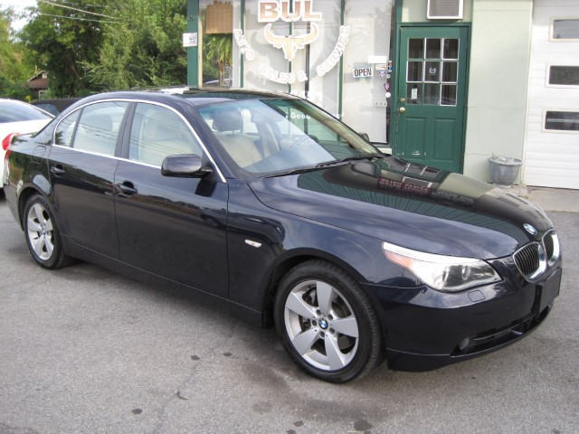 Used 2006 BMW 5 Series 530xi ONE OWNER,LOCAL TRADE-IN,NAVIGATION,ALL WHEEL DRIVE,XENONS,LOW MILES | Albany, NY