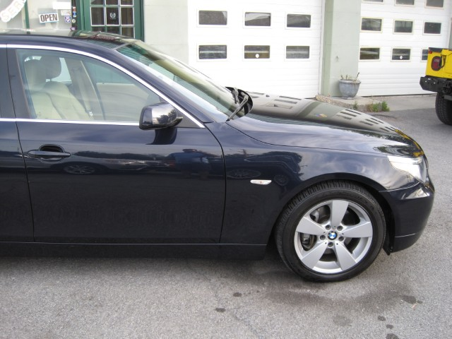 Used 2006 BMW 5 Series 530xi ONE OWNER,LOCAL TRADE-IN,NAVIGATION,ALL WHEEL DRIVE,XENONS,LOW MILES   Albany, NY