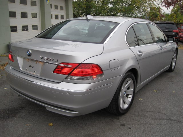 Used 2007 BMW 7 Series 750Li 2 OWNERS,CONVENIENCE+LUXURY SEATING+PREMIUM SOUND PKGS,SAT RADIO+MORE | Albany, NY
