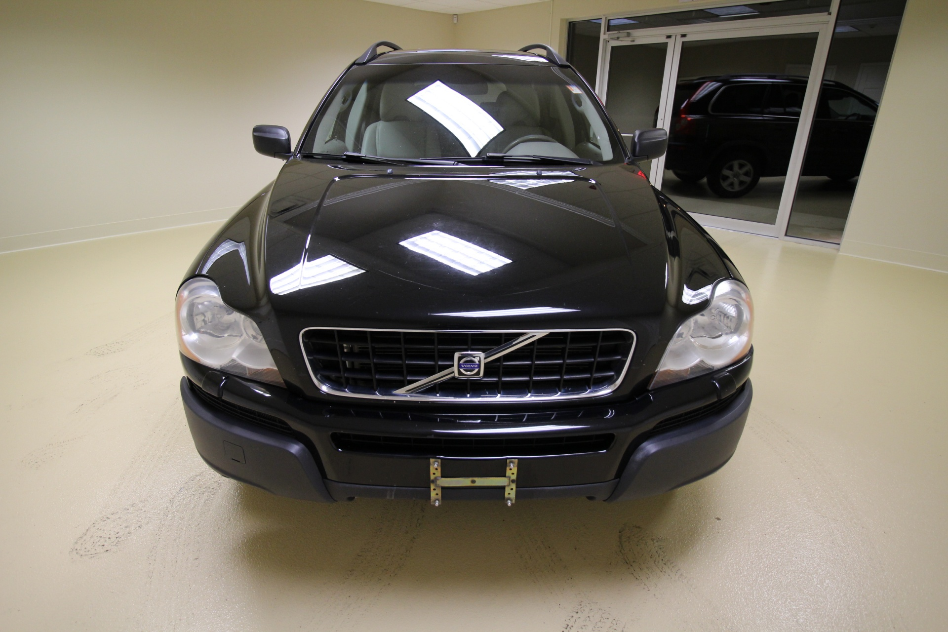 Used 2006 Volvo XC90 2.5T AWD LEATHER,SUNROOF,HEATED SEATS,REAR ENTERTAINMENT 2 TV'S DVD | Albany, NY