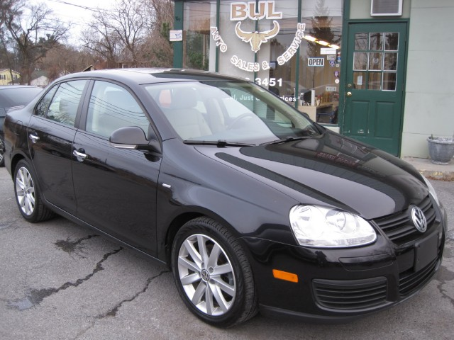 volkswagen jetta wolfsburg edition pzev super clean  nice stock   sale