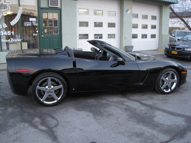 Used 2006 Chevrolet Corvette CONVERTIBLE LOADED,AUTOMATIC,NAVIGATION,Z51,CHROME WHEELS,HEADS-UP AND MORE   Albany, NY