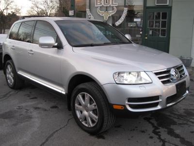 Used 2006 Volkswagen Touareg-Albany, NY