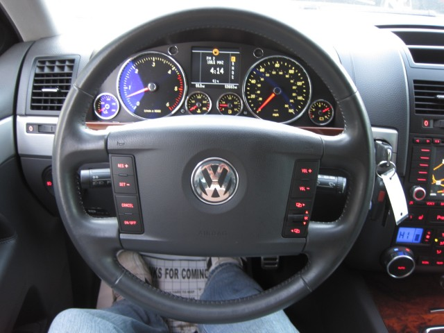 Used 2006 Volkswagen Touareg V10 TDI RARE DIESEL,SUPER NICE AND CLEAN,LOADED,NAVIGATION,REARVIEW CAMERA, | Albany, NY