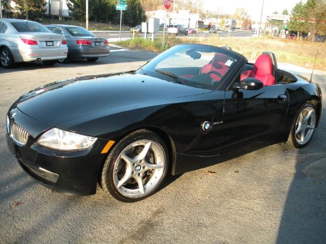Used 2006 BMW Z4 3.0si   Albany, NY