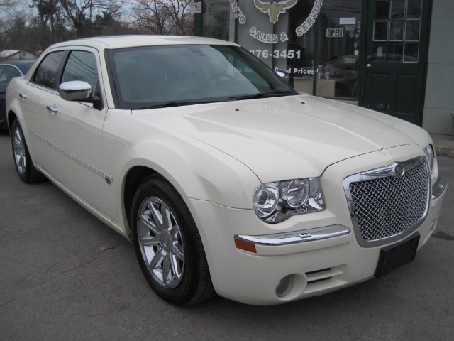 2006 Chrysler 300 C HEMI V8,LOADED,LEATHER,SUNROOF,BOSTON AQOUSTICS