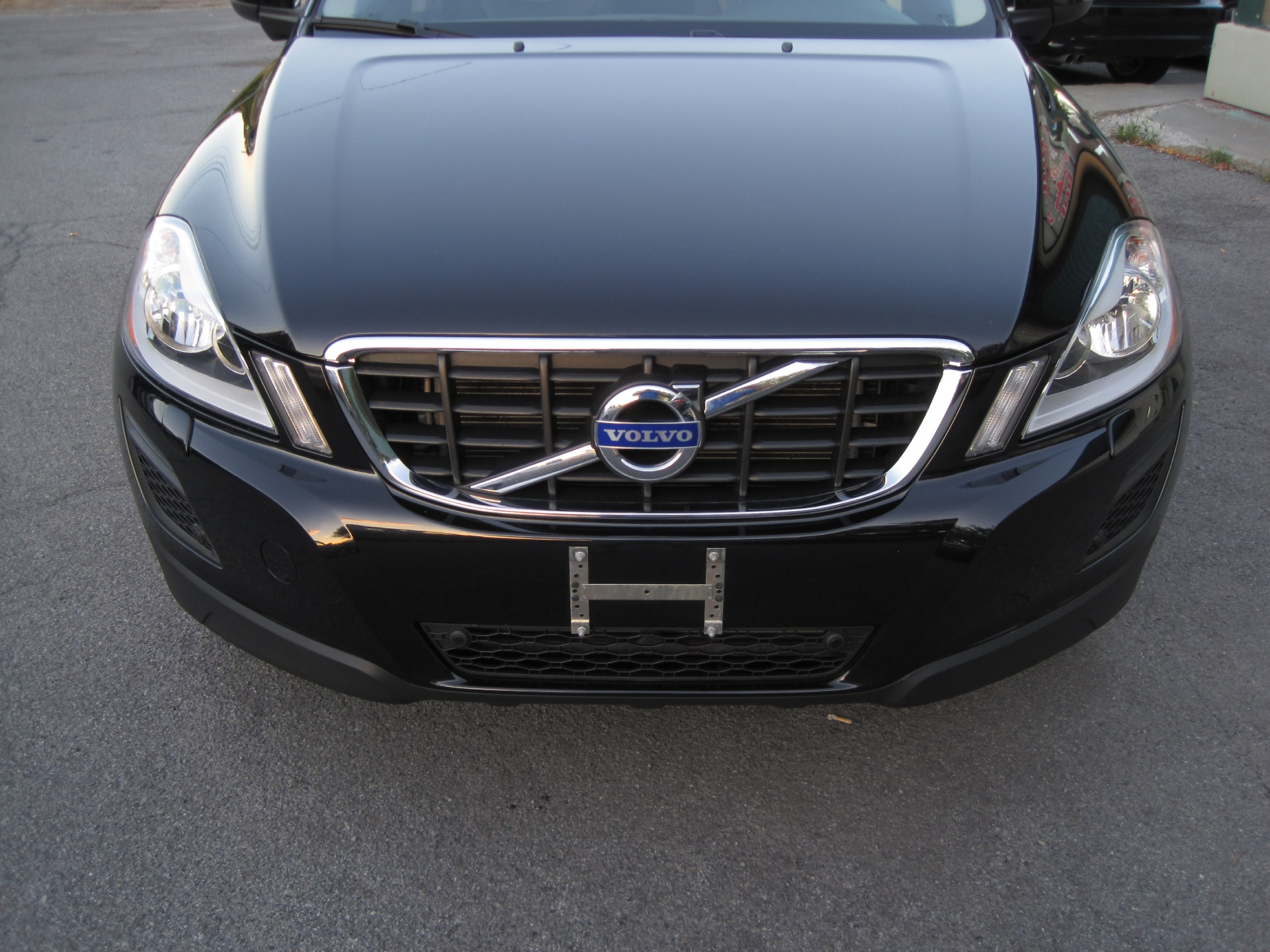 sale volvo for ny l design dealers country york cross new r state platinum stock