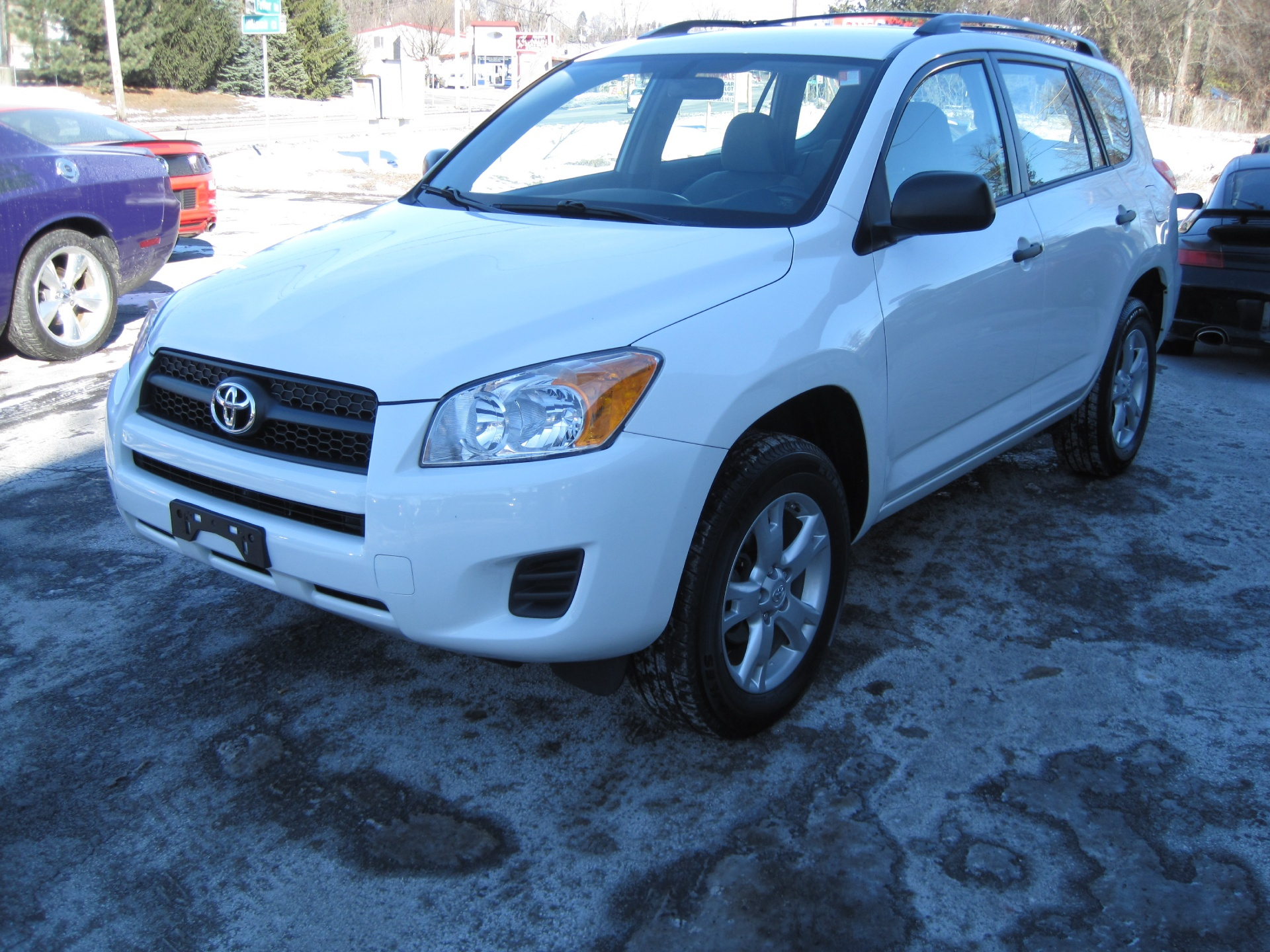 2009 toyota rav4 4wd local new car trade 2 owner stock 15014 for sale near albany ny ny. Black Bedroom Furniture Sets. Home Design Ideas