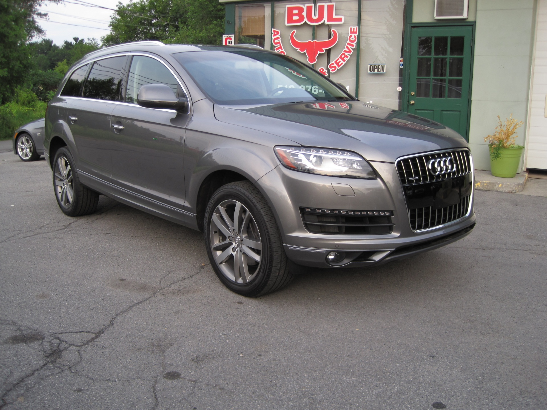 2013 audi q7 3 0t quattro premium plus led and xenons navigation 3rd row pano roof stock 15091. Black Bedroom Furniture Sets. Home Design Ideas