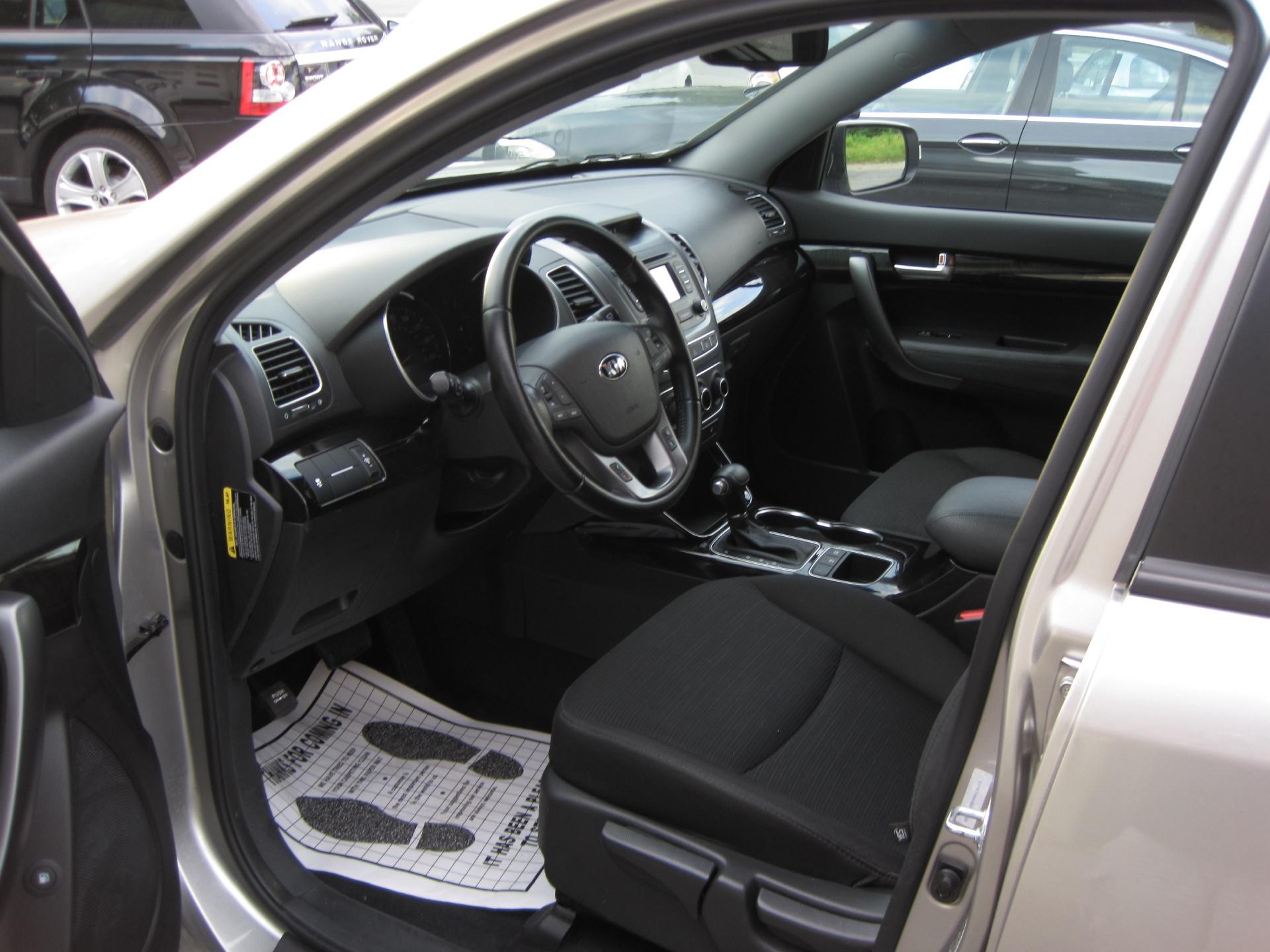BMW Albany Ny >> 2014 Kia Sorento LX 3RD ROW SEAT,REARVIEW BACK-UP CAMERA ...