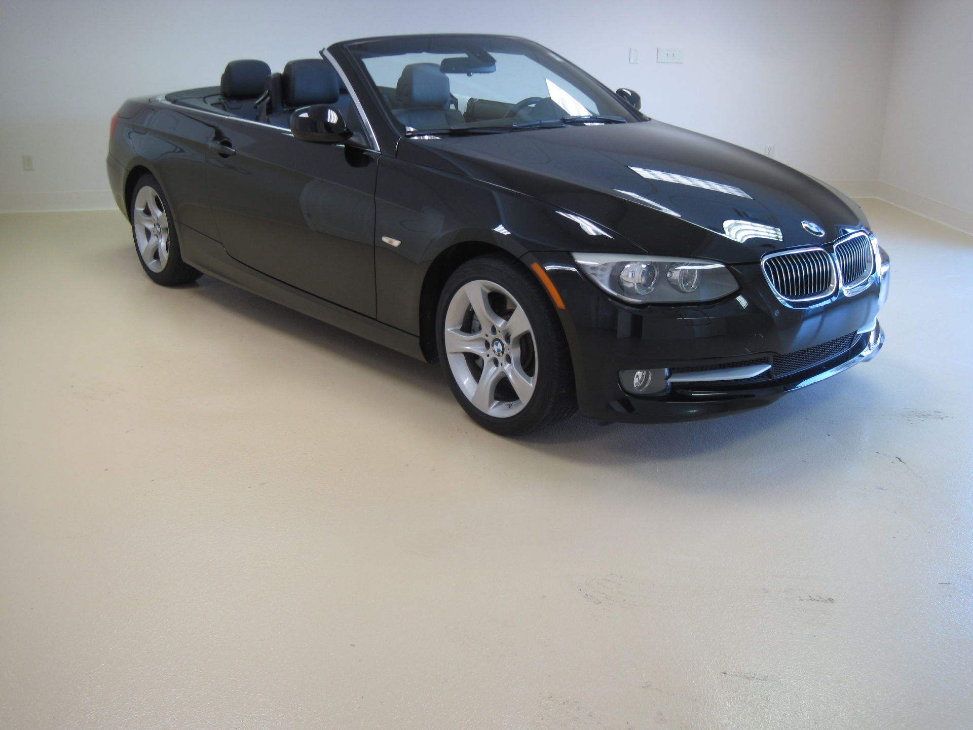 BMW Series I CONVERTIBLESUPER CLEANLOADEDCONVENIENCE - 2012 bmw 335i convertible for sale