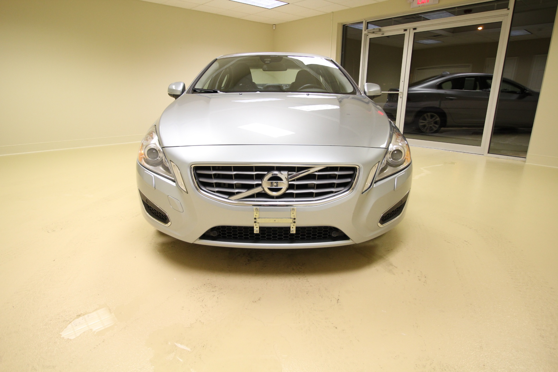 volvo for neck great l used sale stock ny dealers htm near c