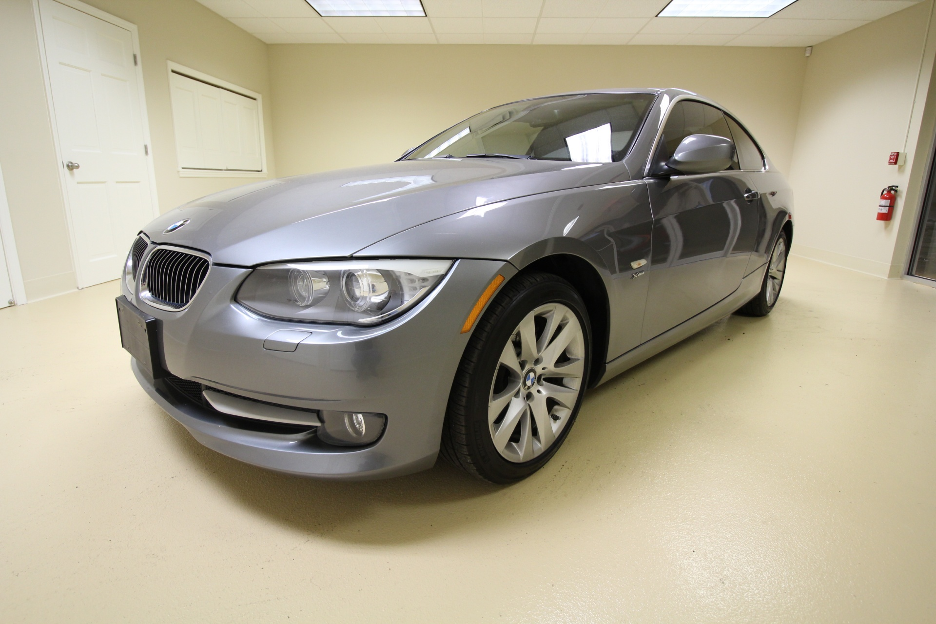 2011 Bmw 3 Series 328i Xdrive Coupe 2 Door Rare 6 Speed