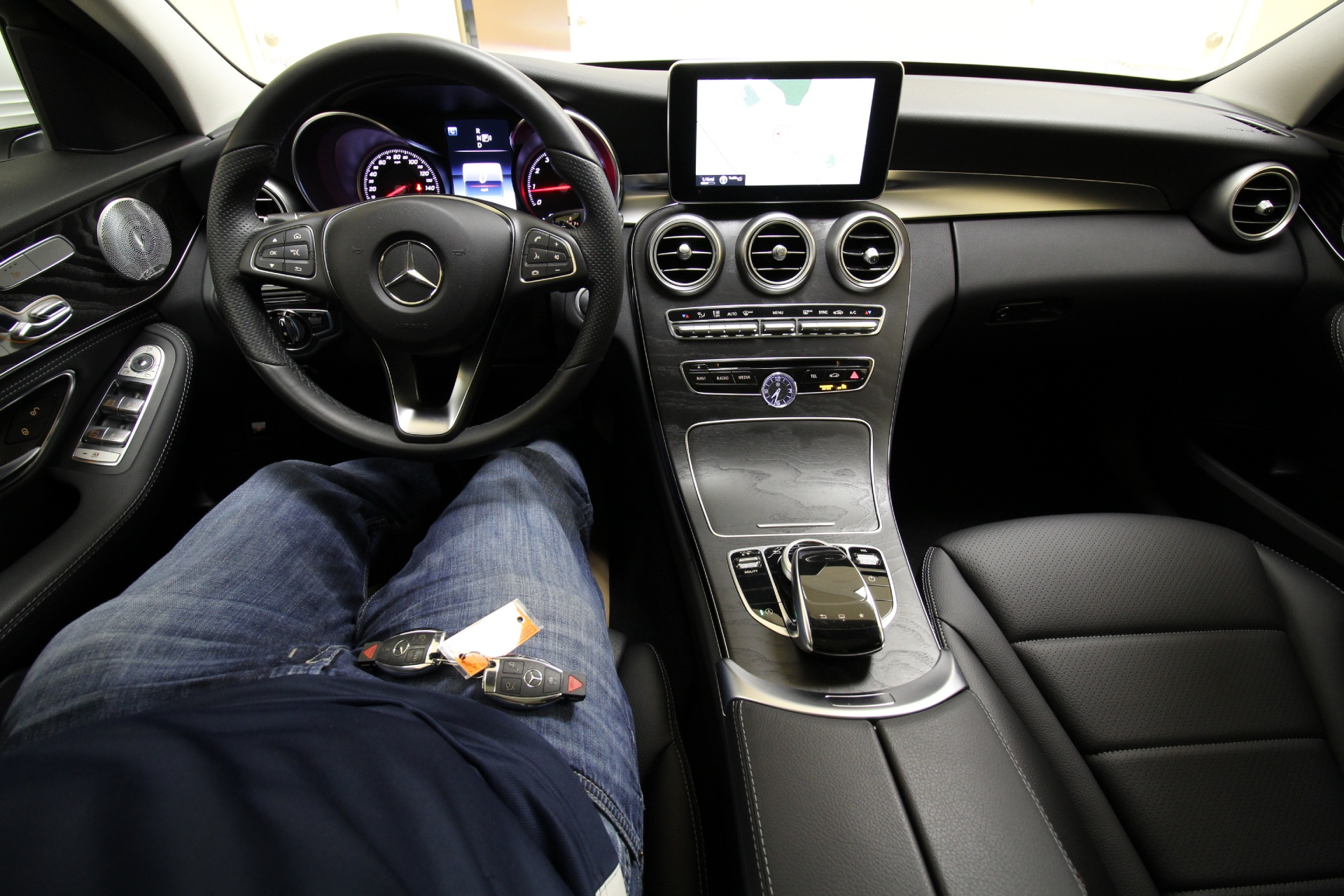 2015 Mercedes-Benz C-Class C300 4MATIC AWD,LOADED,PANORAMIC