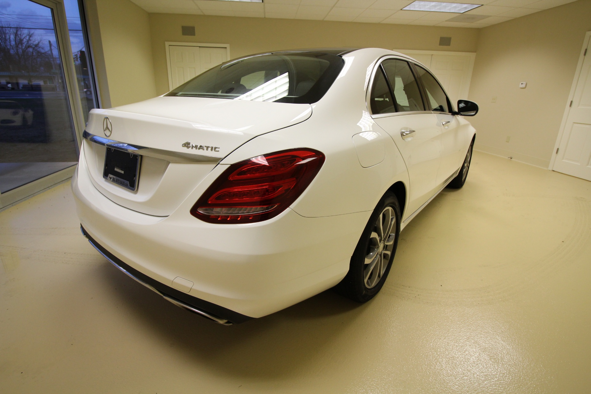 2015 mercedes benz c class c300 4matic awd loaded. Black Bedroom Furniture Sets. Home Design Ideas