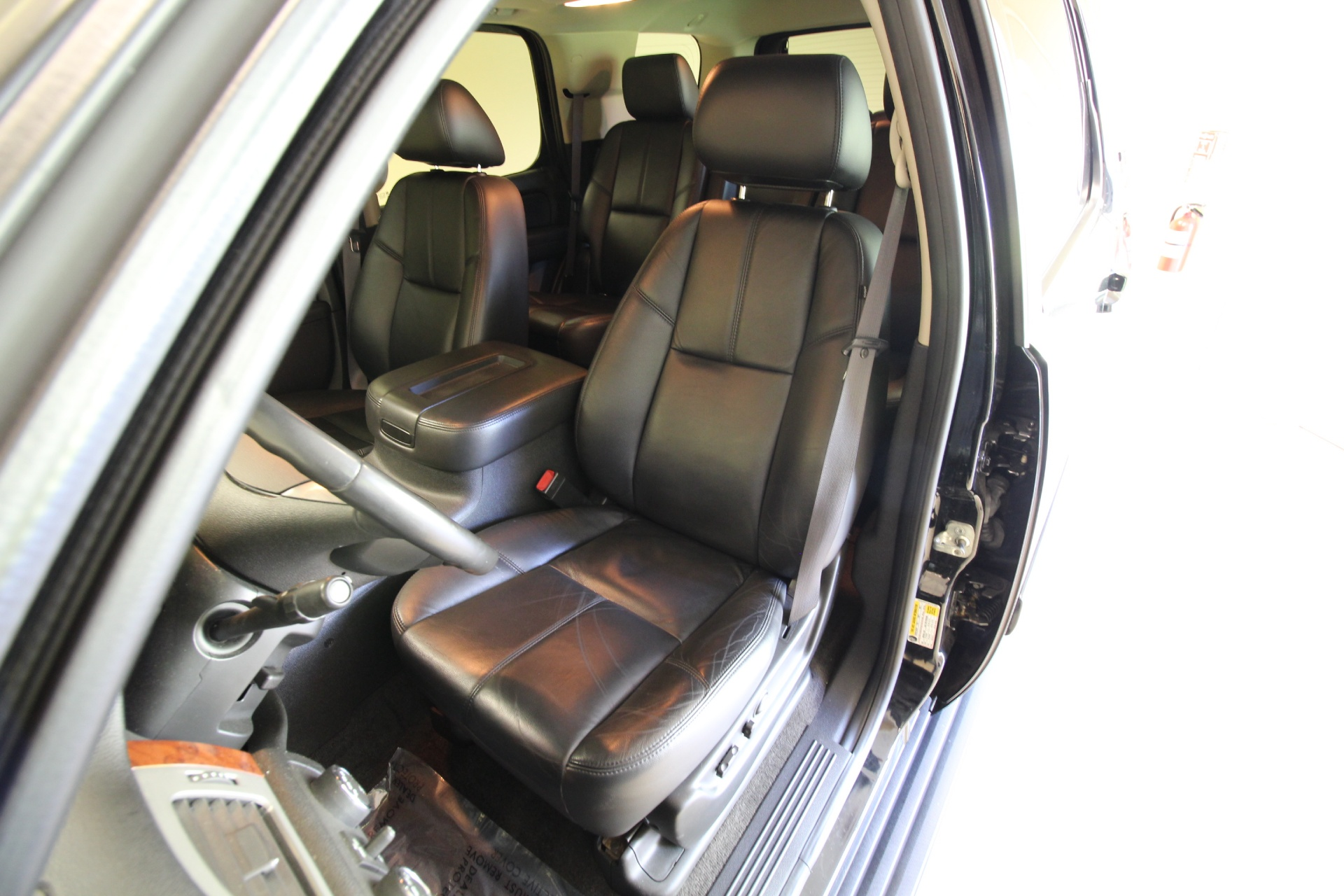 2011 Chevrolet Tahoe Lt Super Clean Loaded Leather Heated