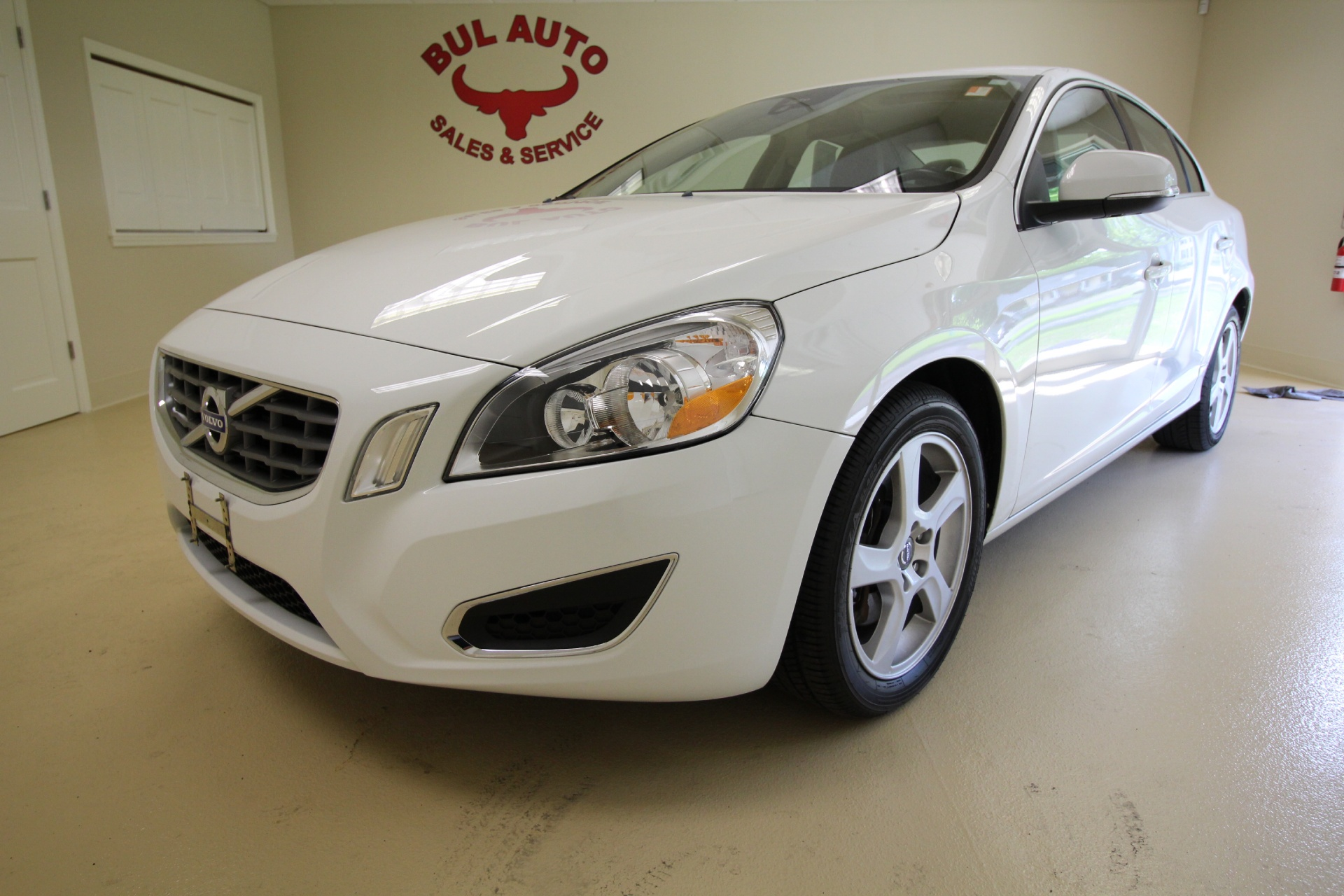 2012 volvo s60 t5 stock 16100 for sale near albany ny ny volvo dealer for sale in albany. Black Bedroom Furniture Sets. Home Design Ideas