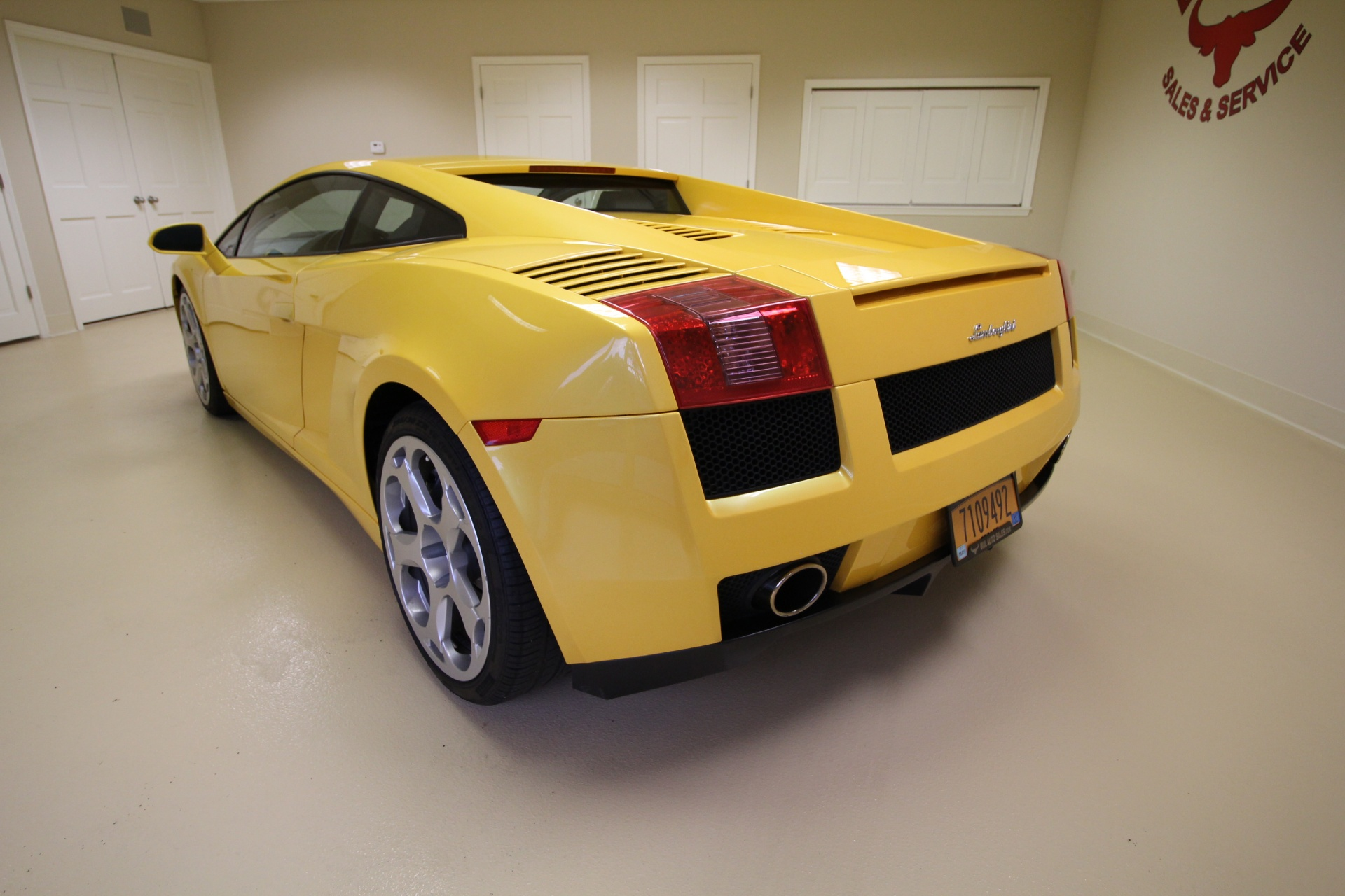 2004 lamborghini gallardo superb condition super clean. Black Bedroom Furniture Sets. Home Design Ideas