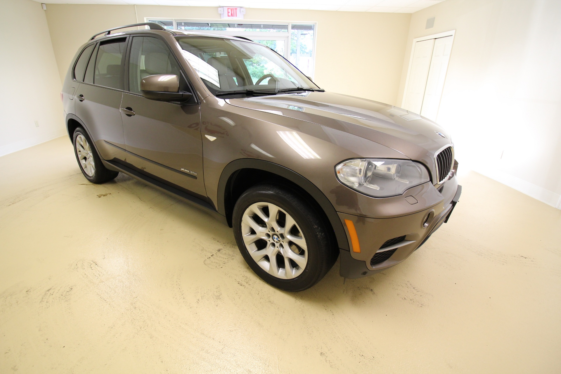 2012 bmw x5 xdrive35i premium loaded 3rd row seat navigation rearview camera stock 16190 for. Black Bedroom Furniture Sets. Home Design Ideas